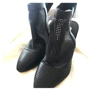 Black awesome comfortable Booties